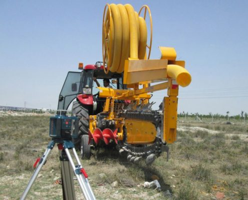 pipe laying device 48C40 PIPE LAYING APPARATUS Trenching Machines trencher machine pipe laying 1 495x400