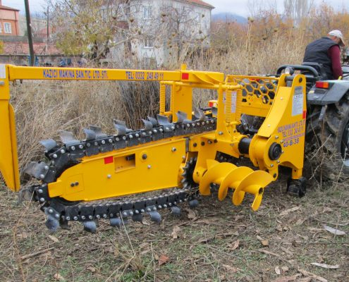trenching machine Trenching Machines – 40B38 trenchindmachines 40B38 4 495x400