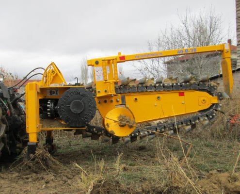 trenching machine Trenching Machines – 40B38 trenchindmachines 40B38 9 495x400