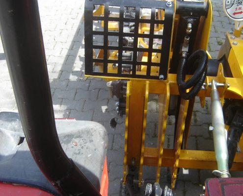 trenching machine Trenching Machines – 40B38 trenchingmachines 40B38 13 495x400
