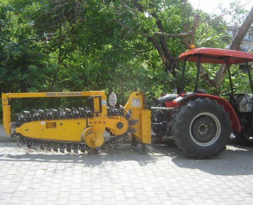 trenching machine Trenching Machines – 40B38 trenchingmachines 40B38 14 495x400