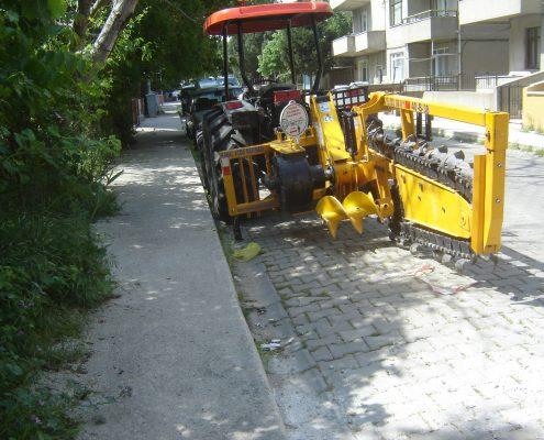 trenching machine Trenching Machines – 40B38 trenchingmachines 40B38 16 495x400