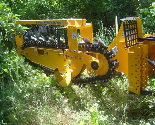 trenching machine Trenching Machines – 40B38 trenchingmachines 40B38 17 495x400