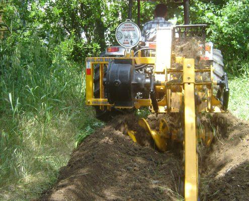 trenching machine Trenching Machines – 40B38 trenchingmachines 40B38 22 495x400