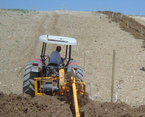 trenching machine Trenching Machines – 40B38 trenchingmachines 40B38 7 495x400