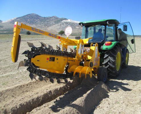 trenching machine Trenching Machines – 48C32 trenchingmachines 48C32 7 495x400